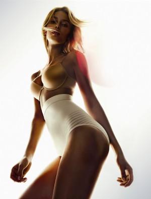 Новая коллекция белья Shape Sensation от бренда Triumph весна-лето 2012