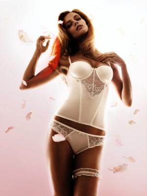 Новая коллекция женского белья весна-лето 2012 от бренда Triumph