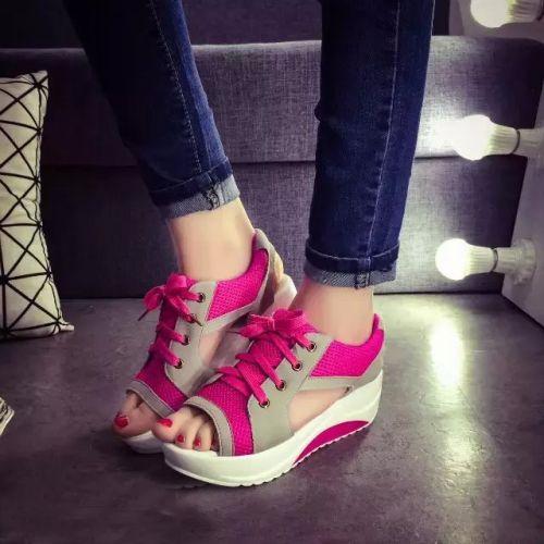 sandalii-sportivnie