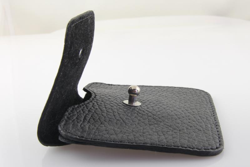 фото обзор кожаного чехла для наушников Valenta, отзыв об использовании